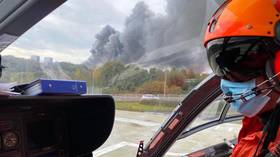 Major fire breaks out in France's Le Havre port, smoke visible kilometres away (VIDEOS)
