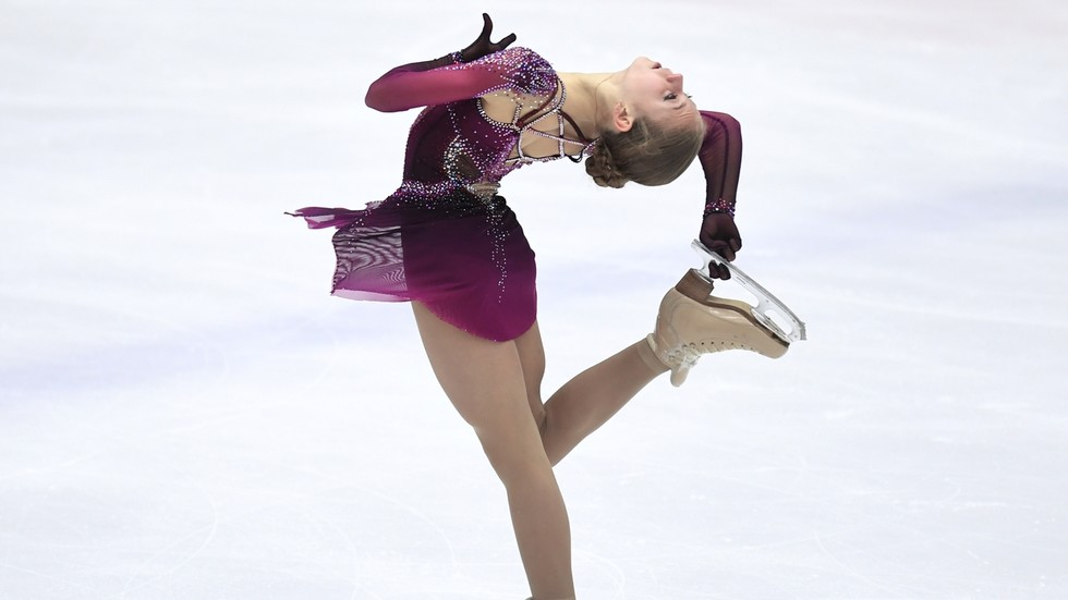 She skates BETTER than MEN': Renowned Russian coach says Alexandra  Trusova's standard is UNREACHABLE for opponents — RT Sport News