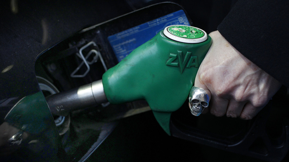 UK To Ban Sale Of New Petrol And Diesel Cars From 2030