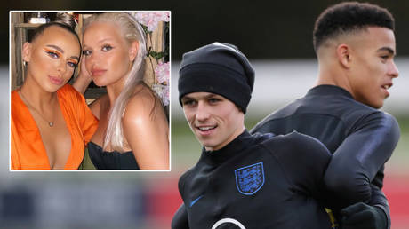 England stars Phil Foden (second from right) and Mason Greenwood (right) met Lara Clausen (left) and Nadia Sif Lindal Gunnarsdottir © Instagram / laracclausen | © Action Images via Reuters / Carl Recine