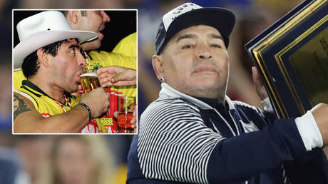 Diego Maradona is in hospital in Argentina  © Paulo Whitaker / Reuters | © Agustin Marcarian / Reuters