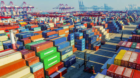 FILE PHOTO: A port in Qingdao in China's eastern Shandong province © AFP