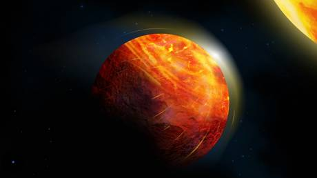Artist's depiction of K2-141b, showing molten rock evaporating into a thin atmosphere in the region closest to the exoplanet's star. © Julie Roussy, McGill Graphic Design and Getty Images