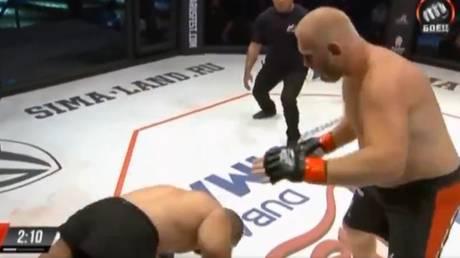 Kharitonov landed a vicious one-punch KO. © Twitter @Grabaka_Hitman