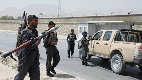 Afghan police officers. © Reuters / Omar Sobhani