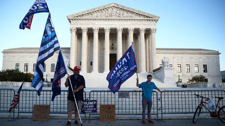 FILE PHOTO: Supporters of U.S. President Donald Trump protest outside the U.S. Supreme Court building in Washington, U.S. November 10, 2020