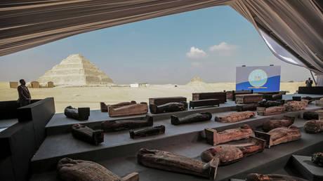 Ancient sarcophagi are displayed during a press conference at Saqqara on Saturday. © Global look Press / Fadel Dawood