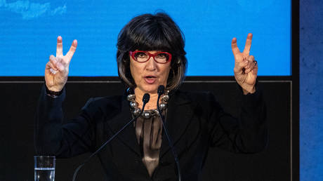 FILE PHOTO: CNN journalist Christiane Amanpour delivers a speech in Berlin, Germany. © Global Look Press / Omer Messinger