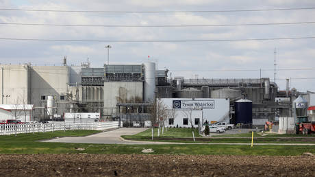 Iowa meat plant managers had 'BETTING POOL' on workers' chances of getting Covid-19, lawsuit claims