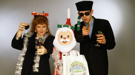 Singers Kirsty MacColl and Shane MacGowan of the band the Pogues, circa 1987. © Getty Images / Tim Roney