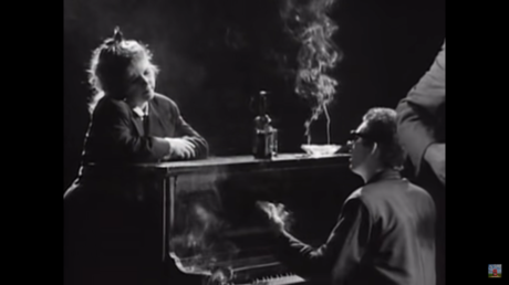 The Pogues - 'Fairytale Of New York' (1987)