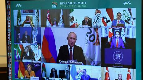 Putin urges G20 leaders to 'limit' protectionism & abandon using unilateral sanctions