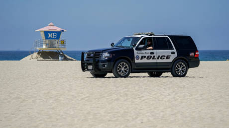 FILE PHOTO: Police near Huntington Beach Pier