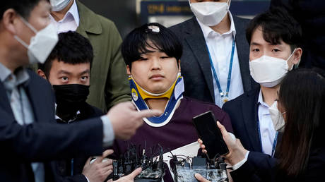 Young leader of massive, 'unprecedented in history' sex blackmail ring online is sentenced to 40 years in South Korean prison - rt
