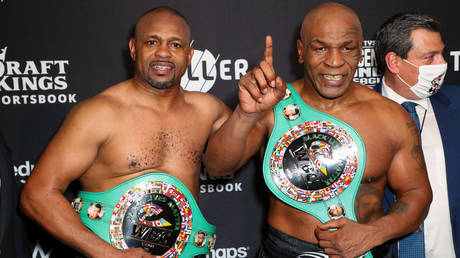 Tyson and Jones Jr fought to a draw in Los Angeles. © USA Today Sports