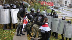 Weekend of chaos in Minsk as authorities crack down on protests against embattled Belarusian leader Lukashenko