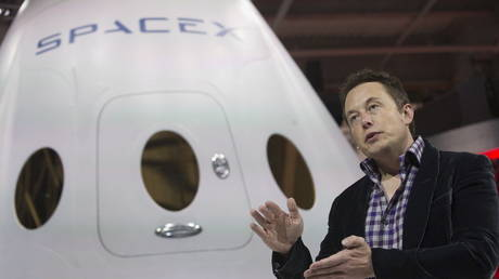 Elon Musk says humans will visit the Red Planet in the next six years. © REUTERS/Mario Anzuoni/File Photo