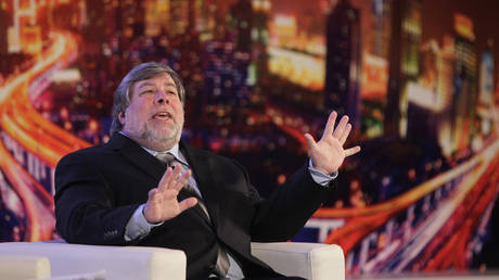 FILE PHOTO: Steve Wozniak, co-founder of Apple © Reuters / Aly Song