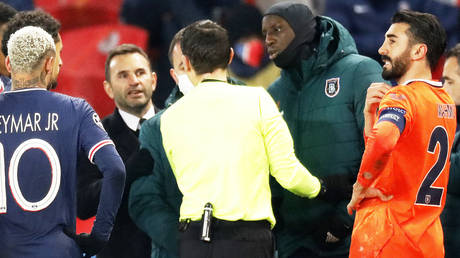Istanbul and Paris Saint-Germain players left the pitch amid accusations of racism in the Champions League © Charles Platiau / Reuters