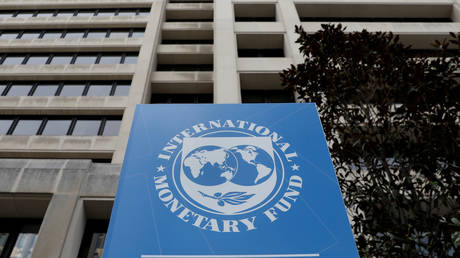 FILE PHOTO: The International Monetary Fund (IMF) headquarters in Washington, April 8, 2019.