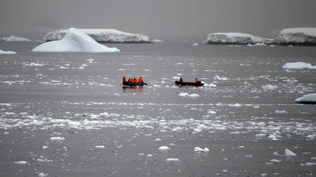 FILE PHOTO: Chilean Navy officers transport scientists to Chile's Station Bernardo O'Higgins in Antarctica.
