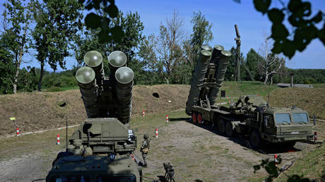 FILE PHOTO: Russian S-400 missile air defence systems are seen during a training exercise at a military base in Kaliningrad region, Russia August 11, 2020.