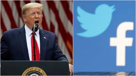 Trump mengumumkan undang-undang yang melindungi ancaman keamanan nasional media sosial, bersumpah untuk memveto tagihan pengeluaran militer jika tidak dicabut