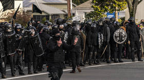 Olympia police declare a RIOT as 1 person is shot in clashes between Proud Boys & Antifa in Washington state (VIDEOS)