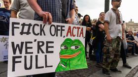 Poland threatens hefty fines for social media companies that censor legal speech, users everywhere celebrate