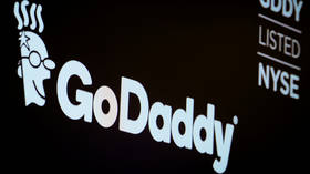 Just kidding! GoDaddy wishes employees happy holidays with FAKE bonus promise, to teach them about phishing scams