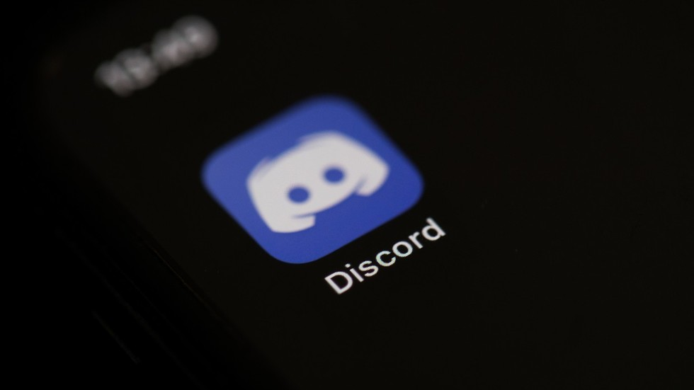 Discord SHUTS DOWN 'WallStreetBets' group as members drive runaway surge in GameStop stock, but platform says ban unrelated