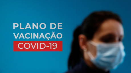 FILE PHOTO: Portugal began vaccinating healthcare workers with the Pfizer-BioNTech vaccine last week (December 28, 2020).