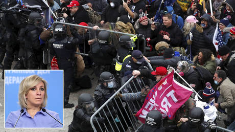 Pro-Trump protesters attempt to tear down a police barricade at the U.S. Capitol Building in Washington, U.S, January 6, 2021. © REUTERS / Shannon Stapleton; (inset) Maria Zakharova © Sputnik / Russian Foreign Ministry