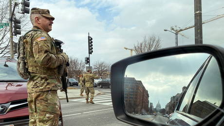 U.S. National Guard soldiers staff a checkpoint a few blocks from the Capitol in Washington, U.S. January 15, 2021.