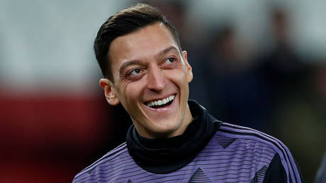 Ozil is finally set to leave Arsenal after a protracted standoff with the club. © Reuters