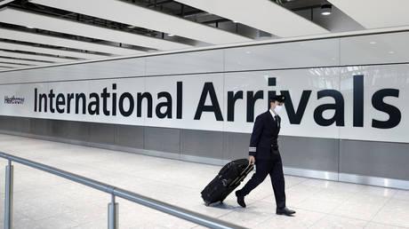 FILE PHOTO: Terminal 5 at Heathrow airport in London © AFP / Adrian Dennis