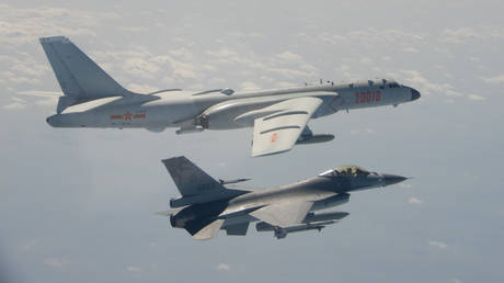 US pledges 'rock-solid' commitment to Taiwan's defense after island reports incursion of Chinese bombers & fighter jets RT News RSS Feed INDIAN BEAUTY SAREE PHOTO GALLERY  | I.PINIMG.COM  #EDUCRATSWEB 2020-07-02 i.pinimg.com https://i.pinimg.com/236x/ca/40/de/ca40def711bf3a1e53145b16ea319e93.jpg