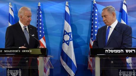 Then-US Vice President Joe Biden (L) and Israeli Prime Minister Benjamin Netanyahu in Jerusalem March 9, 2016