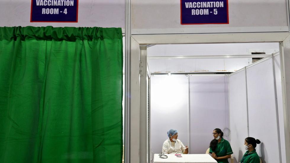 Impf-Flop in Mumbai: Nur 58 von 8000 Mitarbeitern zur Impfung erschienen