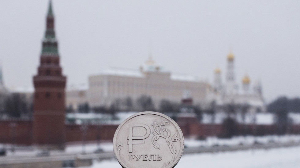Morgan Stanley shrugs off anti-Russian sanctions risks & bets on stronger ruble