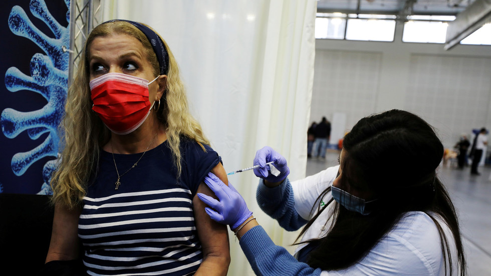Namen der Ungeimpften müssen nach einem neuen Vorschlag des israelischen Premierministers offengelegt werden