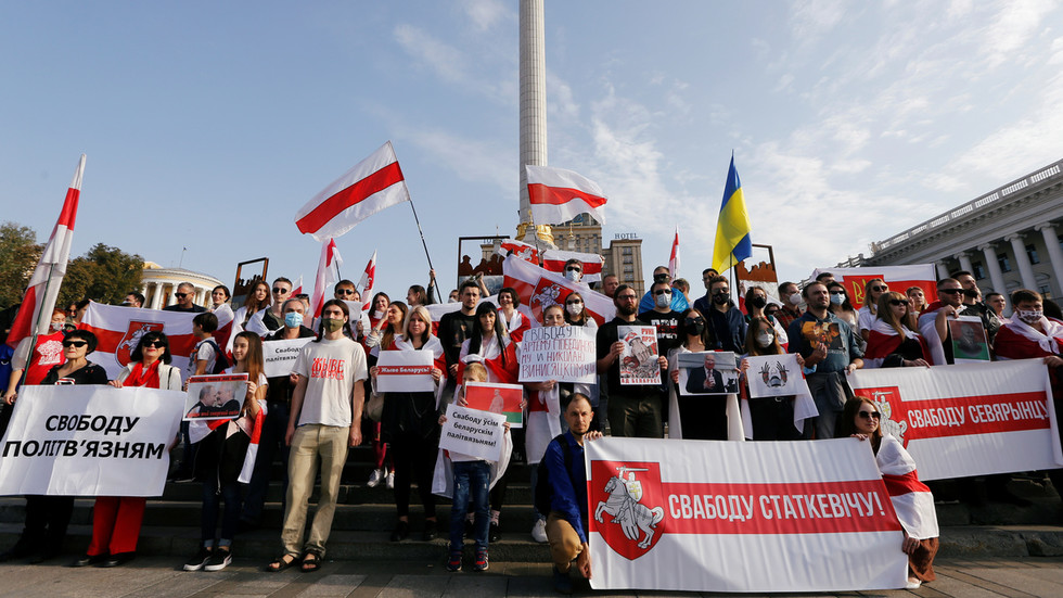 Ukraine condemns 'persecution of journalists' in Belarus… after squashing opposition outlets at home