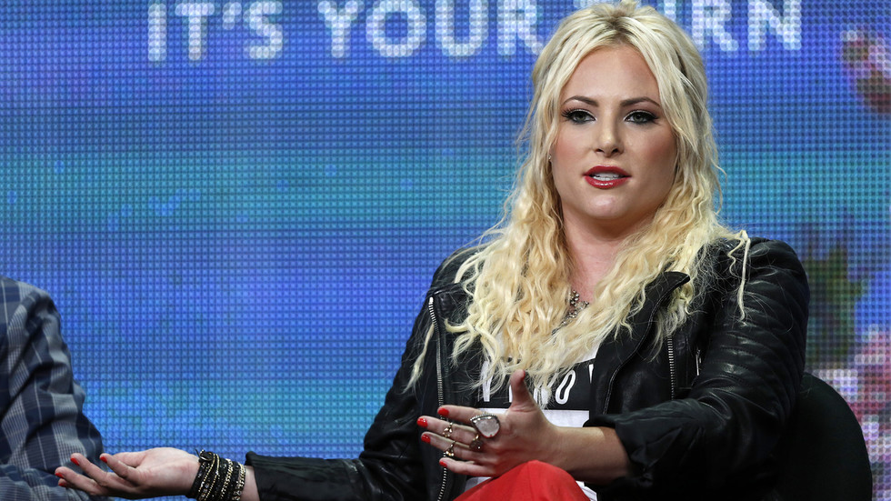 Meghan McCain calls for firing of Fauci for 'inconsistent messaging' on Covid, gets roasted for calling vaccine rollout a disaster