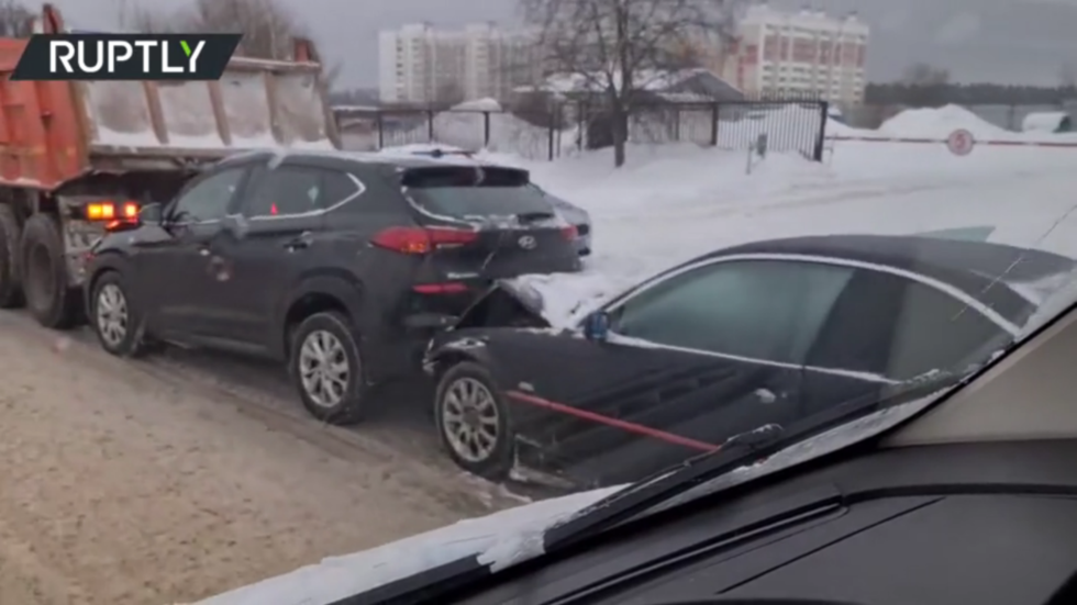 Advanced missile launcher that strikes fear into hearts of US pilots foiled by icy Russian roads after multi-car pileup (VIDEO)
