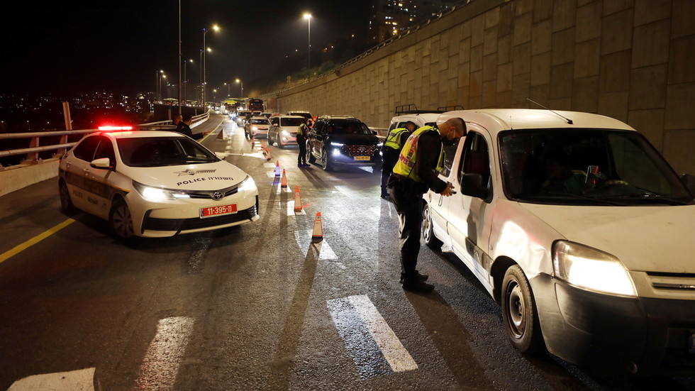 'Not a city in Israel without violations': Police break up more than 100 parties, issue 2,500 fines on Purim holiday