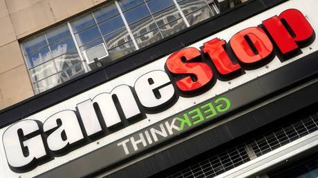 FILE PHOTO: A GameStop store in the Manhattan borough, New York © Reuters / Carlo Allegri