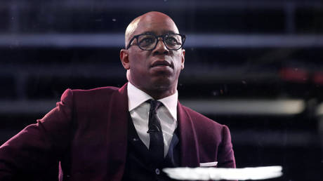 Former Arsenal star-turned-TV pundit Ian Wright. © Reuters