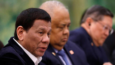 FILE PHOTO: Philippine President Rodrigo Duterte. © Reuters / How Hwee Young / Pool