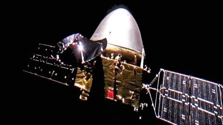 Tianwen-1 probe pictured in flight.