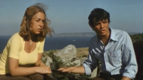 A scene from 'Rogue's Rock' © YouTube / Paul's Classic British Films and TV Programmes